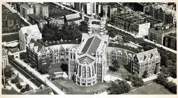 Shepard Hall At City College Of New York Ccny Is Located On The Campus Of A Public University Originally It Was Founded City College Public University City