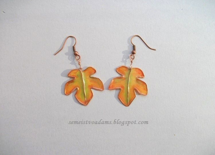 Wire autumn leaves with nail polish by semeistvoadams.blogspot.com