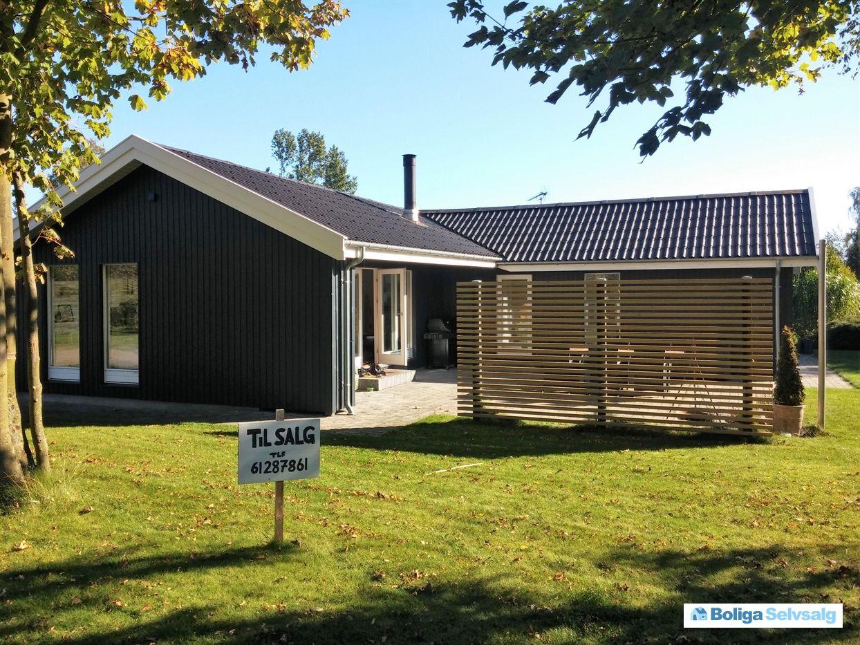 Skovbrynet 16, 4671 Strøby - Lækkert moderne fritidshus med skøn udsigt over åbne marker #fritidshus #sommerhus #strøby #selvsalg #boligsalg #boligdk