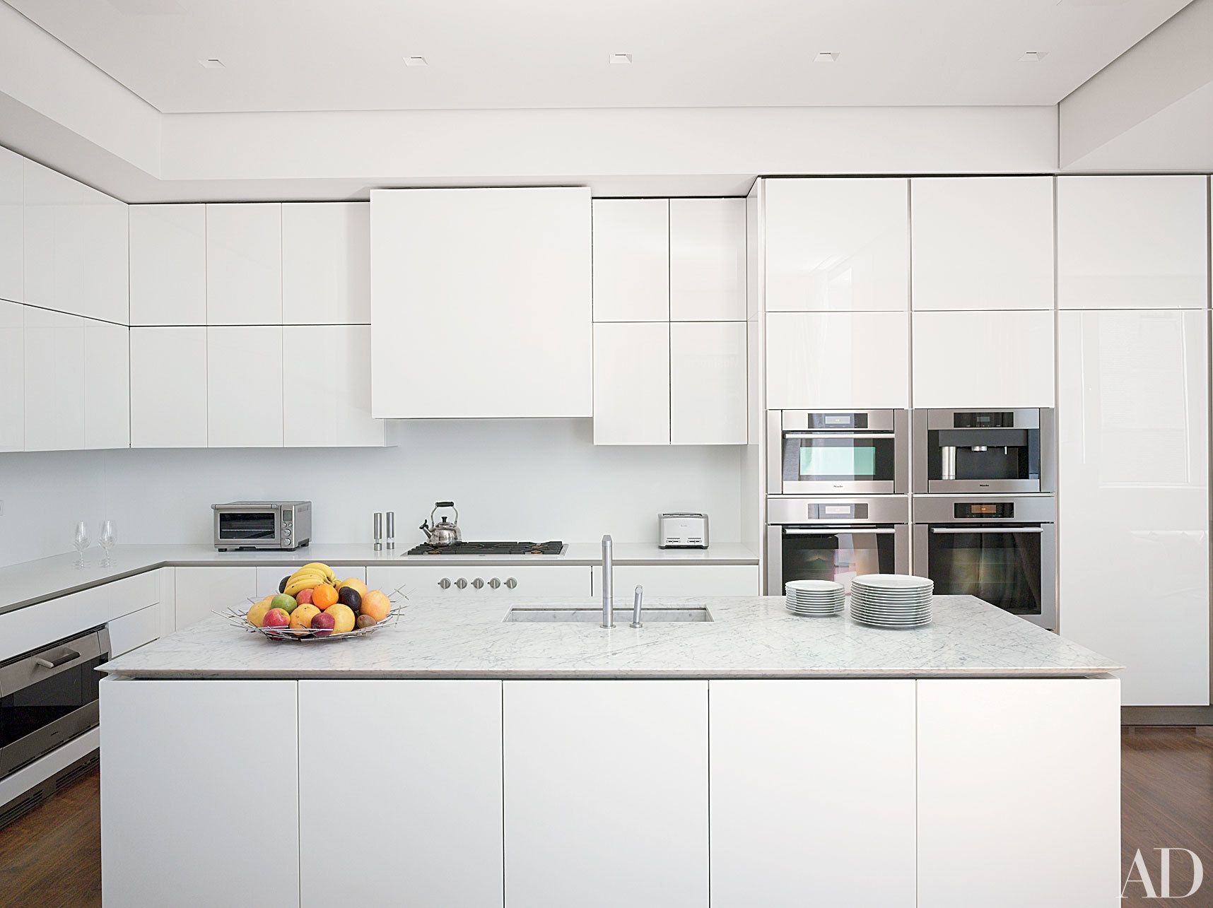 Best 11 Stunning Minimalist Kitchens From The Ad Archives 400 x 300