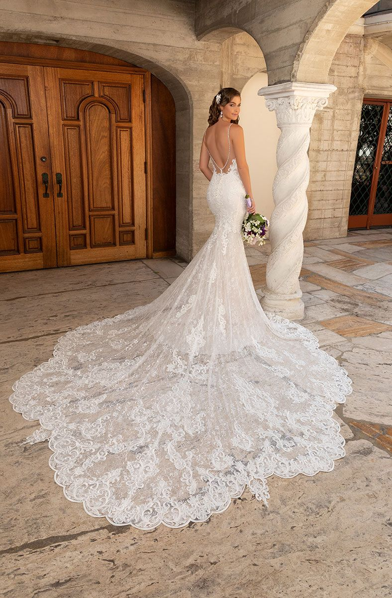 Karlee Wedding Dresses Bridal Gowns Kittychen Couture Petite Wedding Dress Wedding Gowns Wedding Gown Guide [ 1200 x 788 Pixel ]