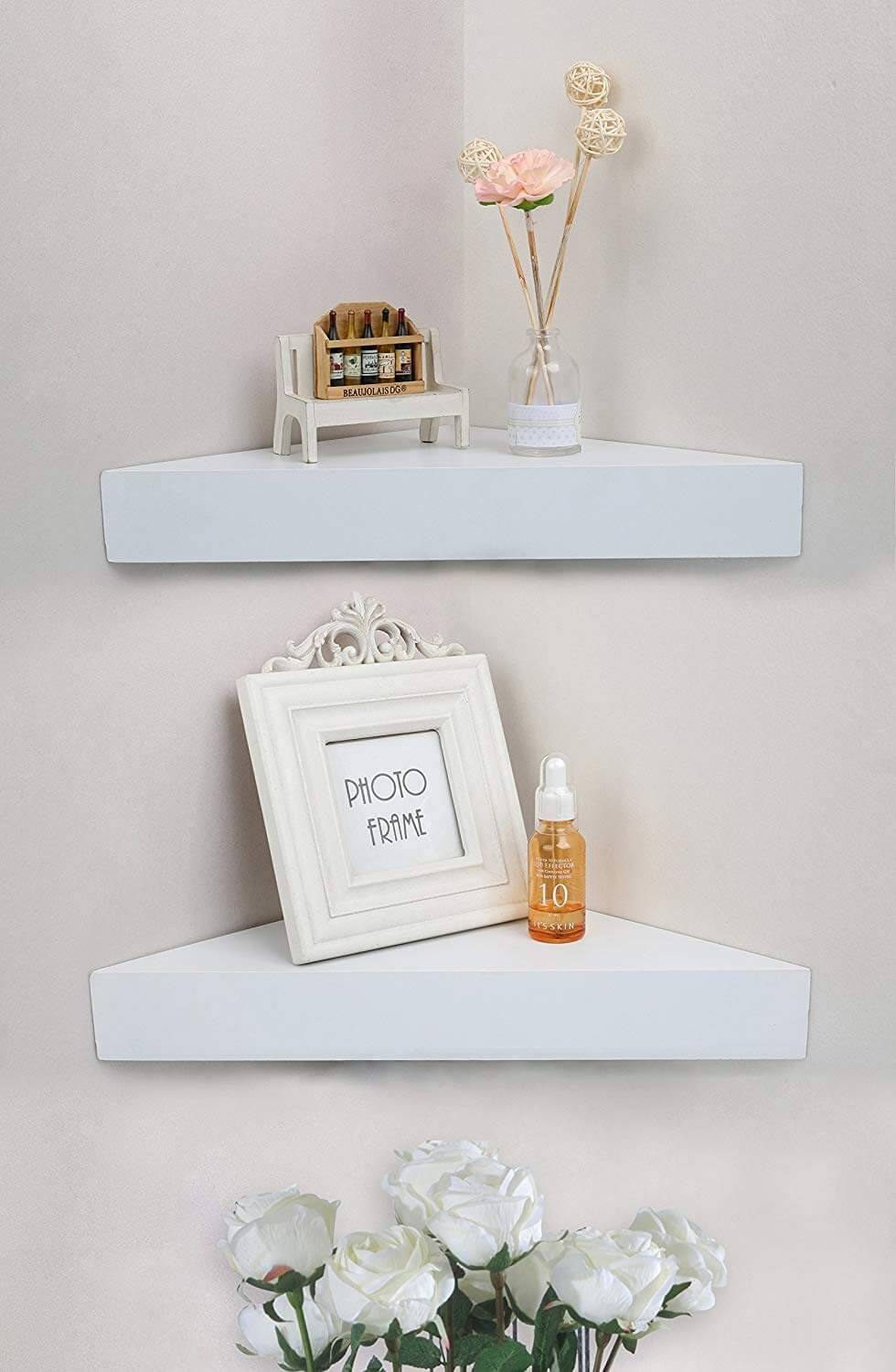 26 Amazing Corner Shelf Ideas That Will Maximize The Space In Your Rooms Shelves In Bedroom Corner Shelves White Floating Corner Shelves