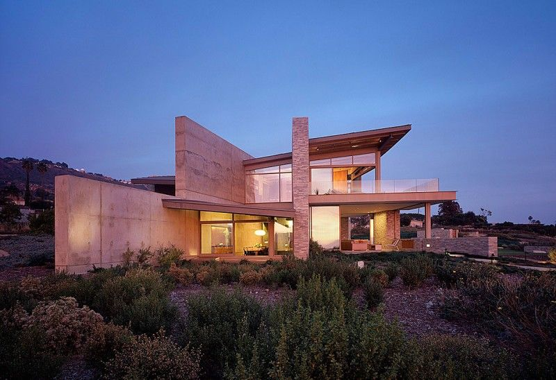 Altamira Residence Placed in a Land Untouched by Modern Contruction ...