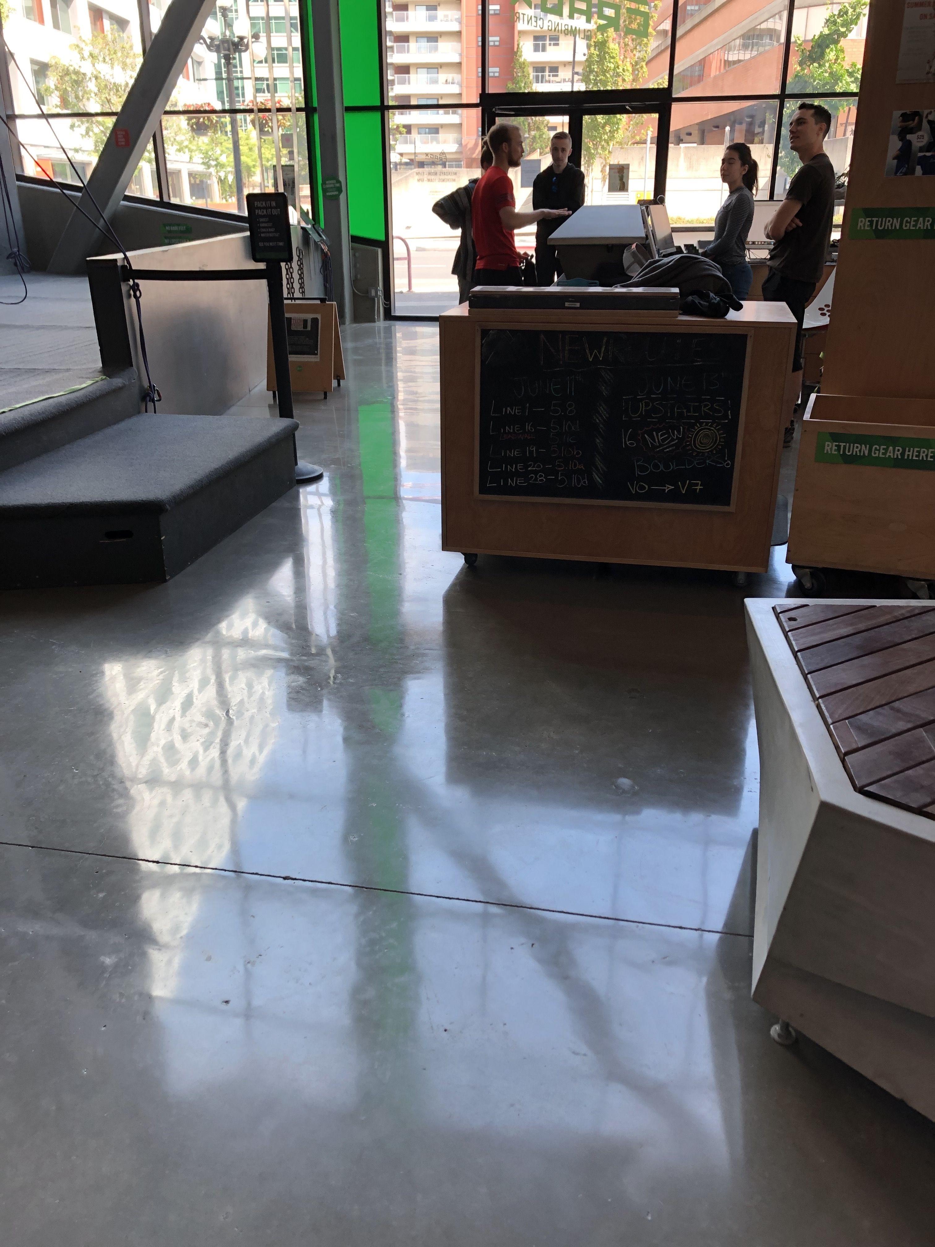 800 grit polished concrete floor for crag X gym in