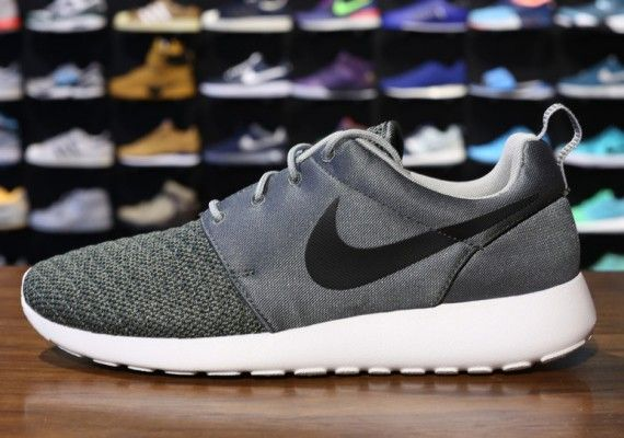 Nike Roshe Courir Vert Mica Noir Haut De Gamme
