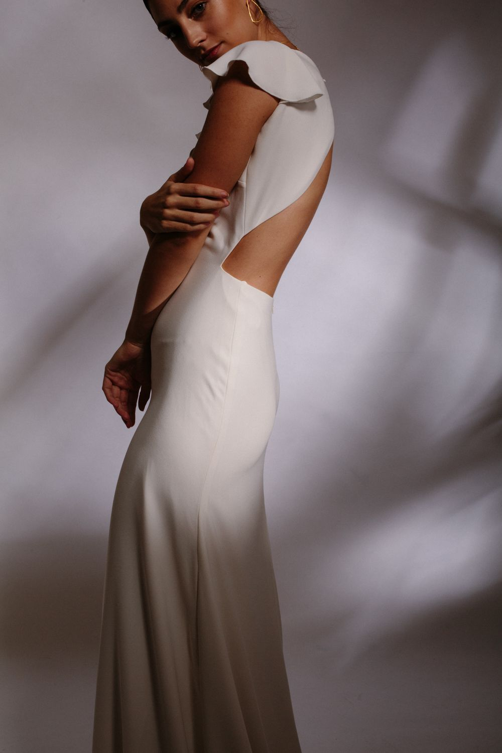Simple Wedding Dress For The Modern Cool Bride Otaduy