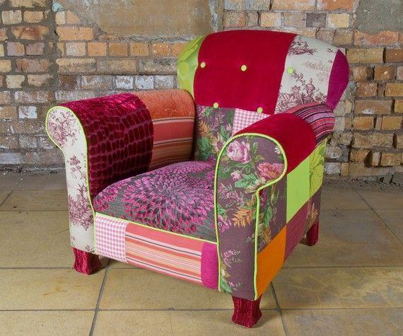 Gad godt at få ompostret mine gl. fantastiske møbler - sofa og stol i ligende stil ;-)