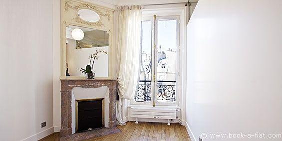Location appartement 2 chambres Paris rue du Rocher 8ème