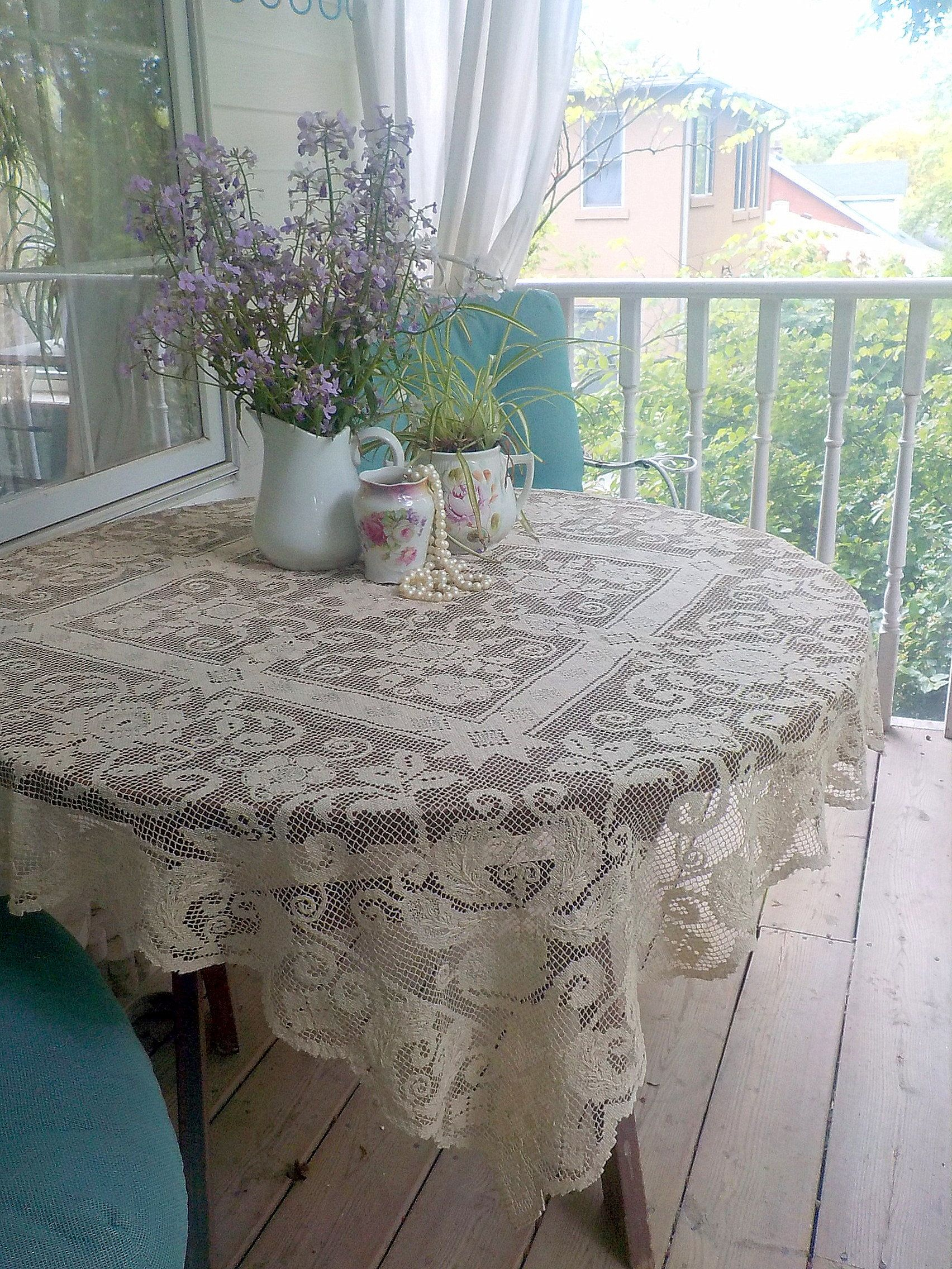Vintage Linen Italian Filet Knotted Lace Tablecloth 47 By 45