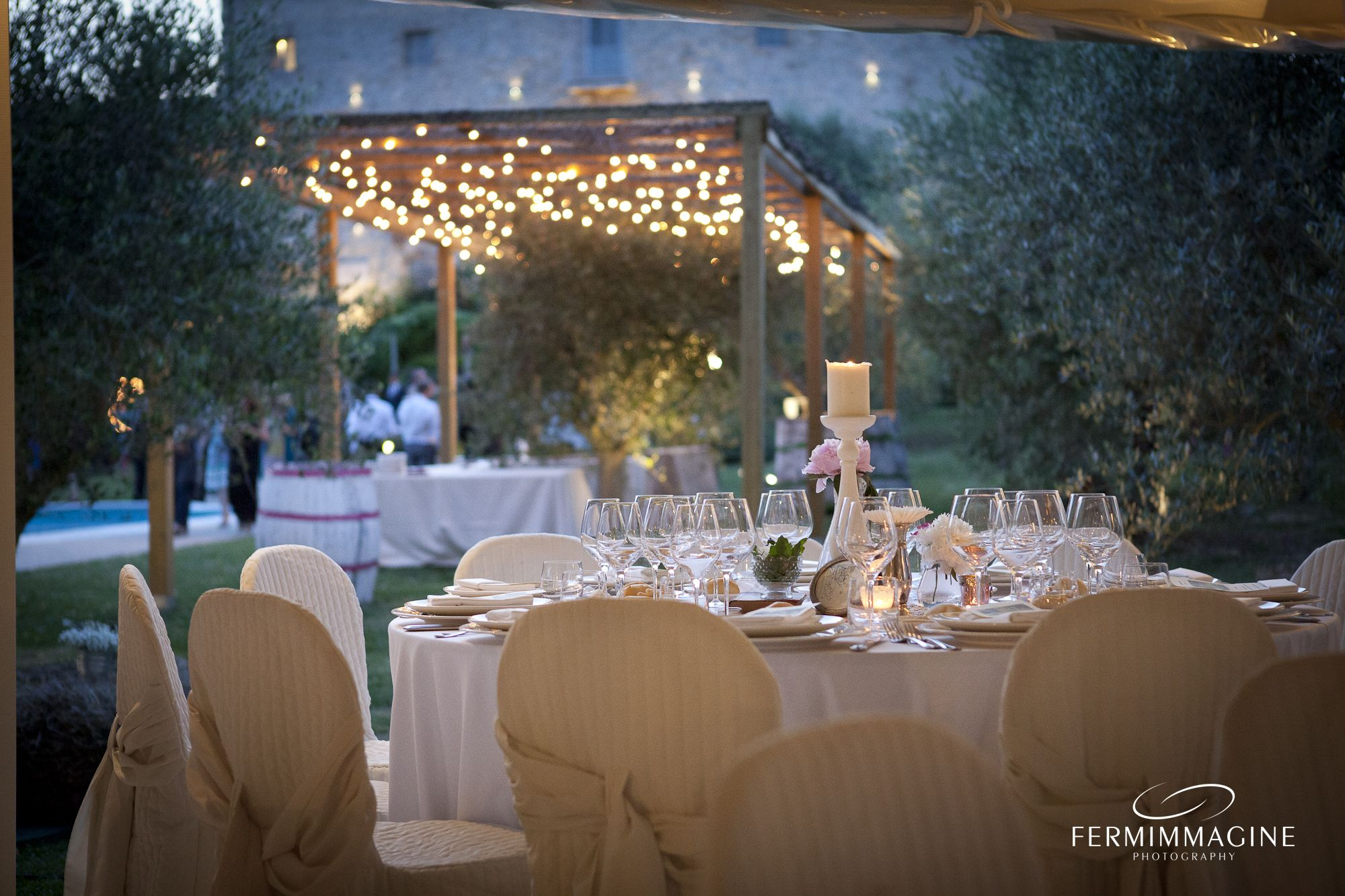 #CastellodiMontignano #Wedding #Reception #Stringlights #Country #Beatiful #View #Flowercentrepiece