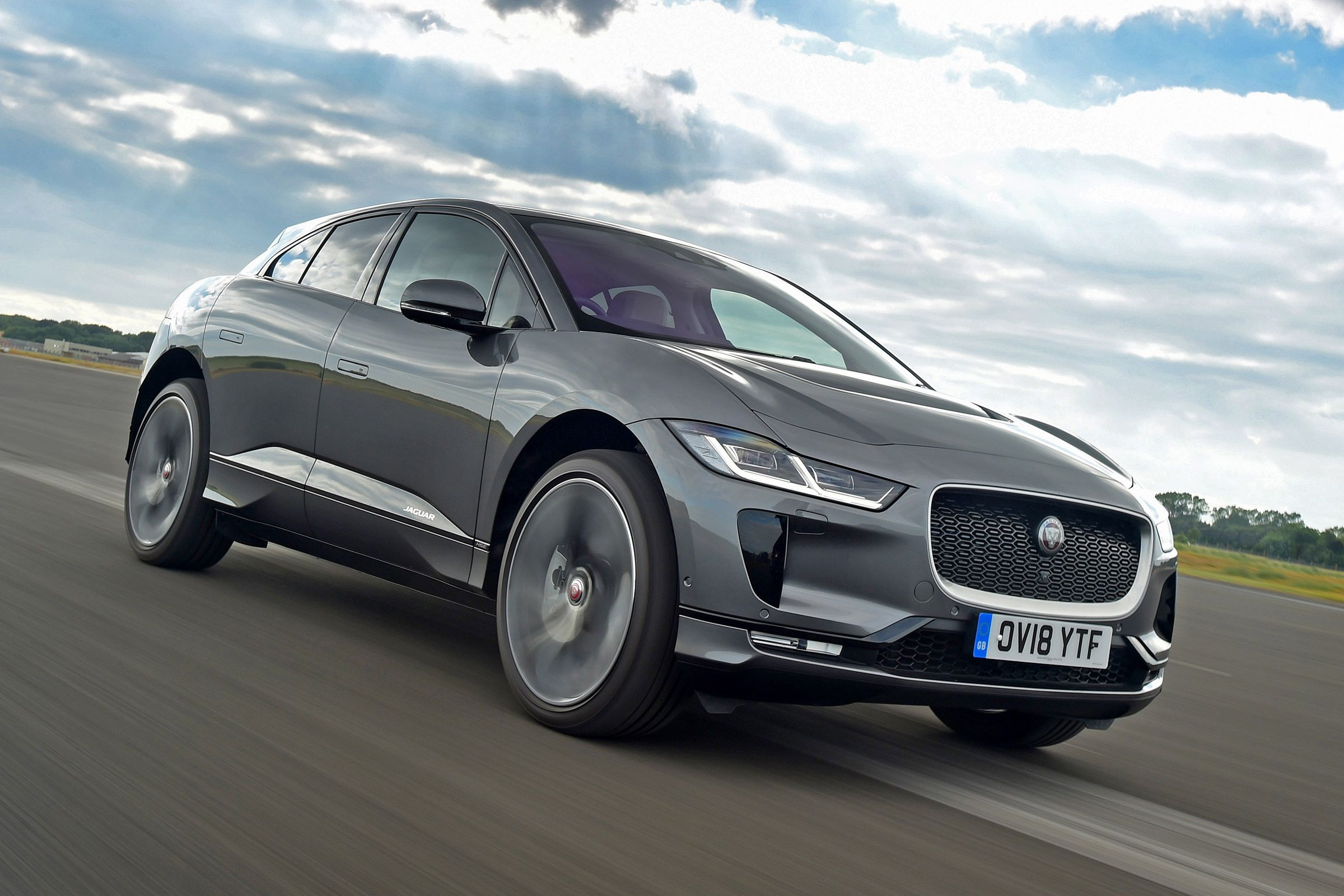 Jaguar I Pace Earns A Five Star Review The I Pace Is The Best And Most Exciting Electric Vehicle Currently On Sale And Repr Jaguar Top Luxury Cars Jaguar Car