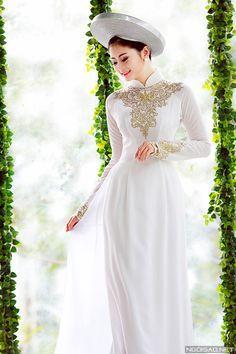 Ao dai - Traditional Vietnamese Wedding Dress | Vietnamese culture ...