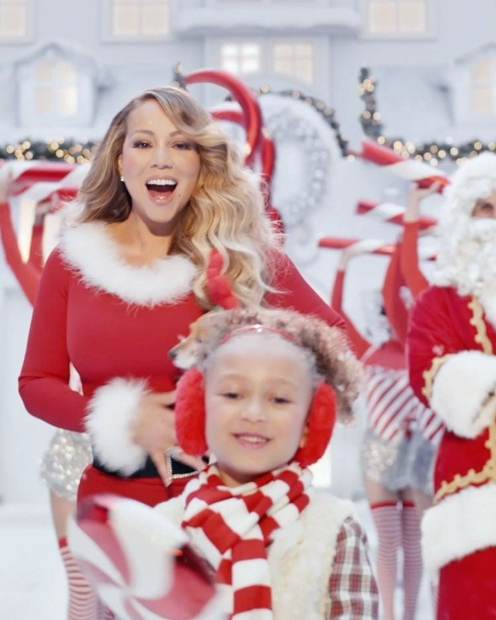 Mariah Carey On Instagram Hope You Like My New Video For All I Want For Christmas