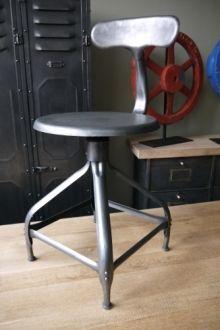 """ancienne Chaise basse d atelier industrielle nicolle """" dit queu de"""