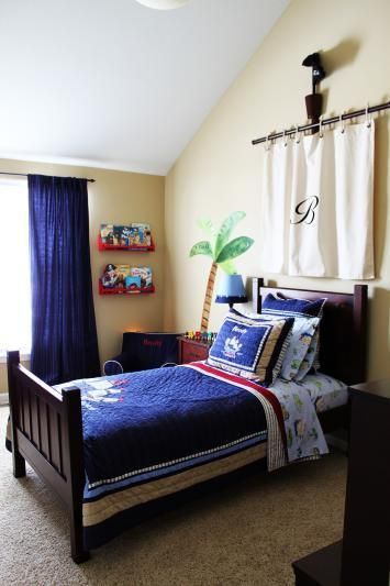 Pirate Bed And Mast Idea For The Kids Room Room Boys