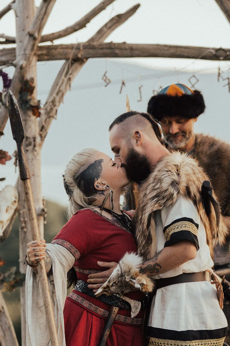 7b14c89bc5f A Real Viking Wedding - Danielle + Donovan — The Northwest Focus. Wedding  photography and