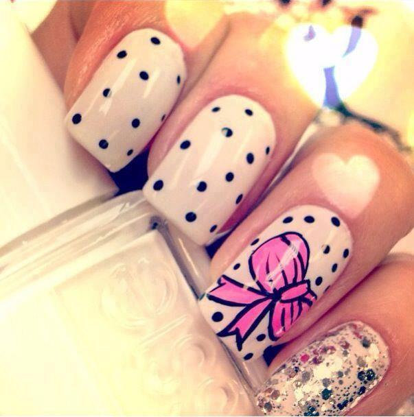 Diseños uñas con lazos
