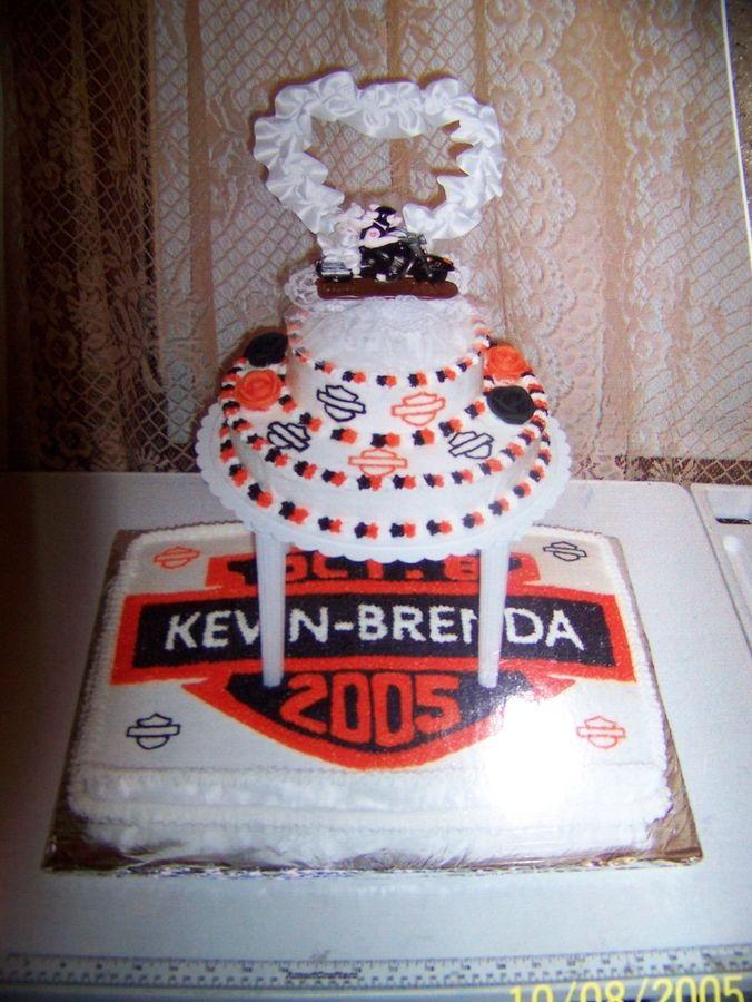 Harley-Davidson Wedding Invitations | harley davidson wedding cake — Other / Mixed Shaped Wedding Cakes