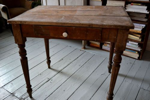 Antique French Table, £80 Ebay, for vanity unit.  Length: 80 cm Width: 55 cm Height: 72cm