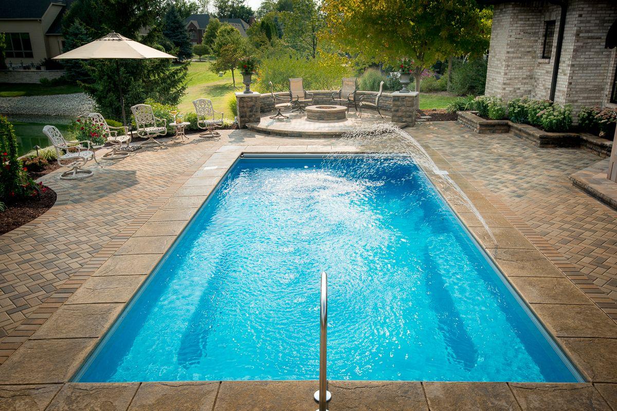 This is thursday pools lil 39 bob fiberglass pool design for 10x20 pool design