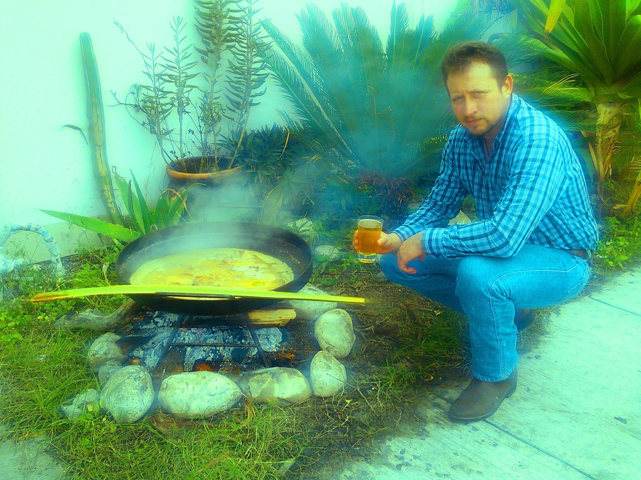 Preparacion de carnitas y cueritos de cerdo al disco