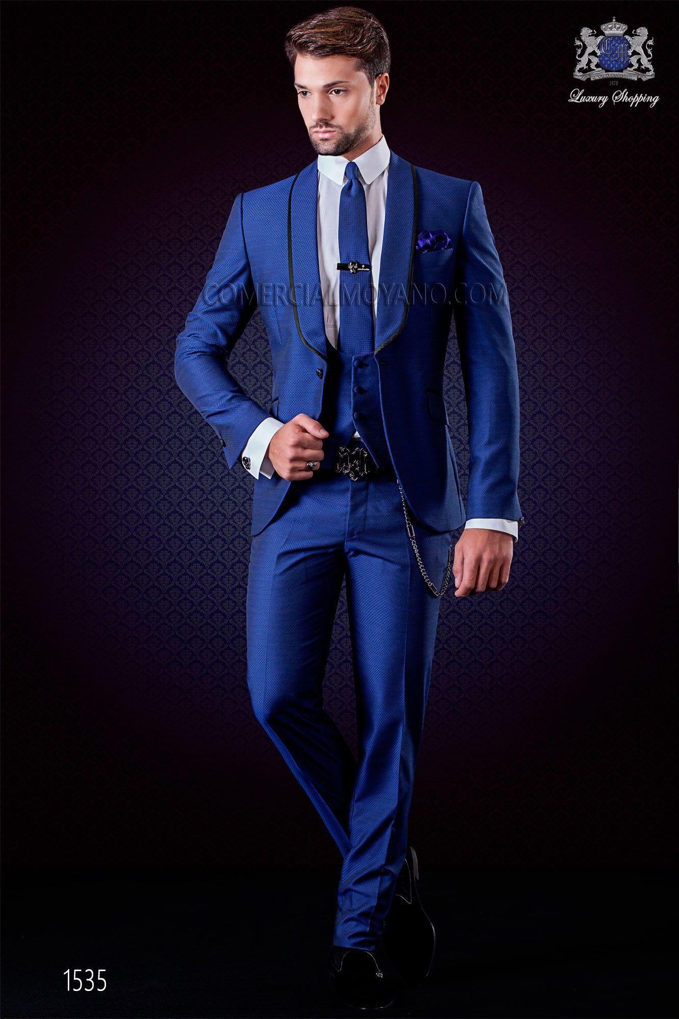 58217168a5834 ... Ottavio Nuccio Gala. Esmoquin moderno en color azul eléctrico Azul  Eléctrico