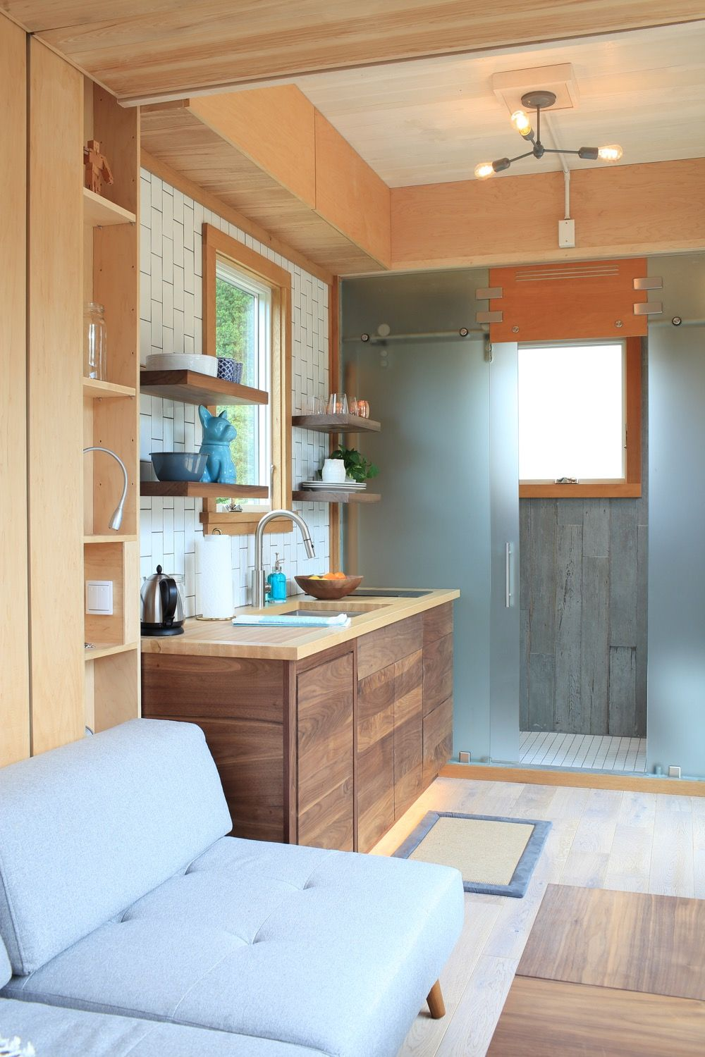 Modern 21ft Tiny House with Secret Ceiling Bed and Remote Control ...