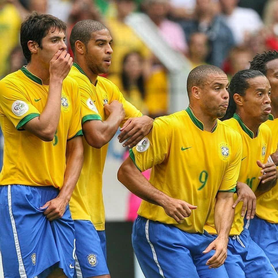 Kaka, Adriano, Ronaldo and Ronaldinho 🇧🇷 Ronaldo, Futbol
