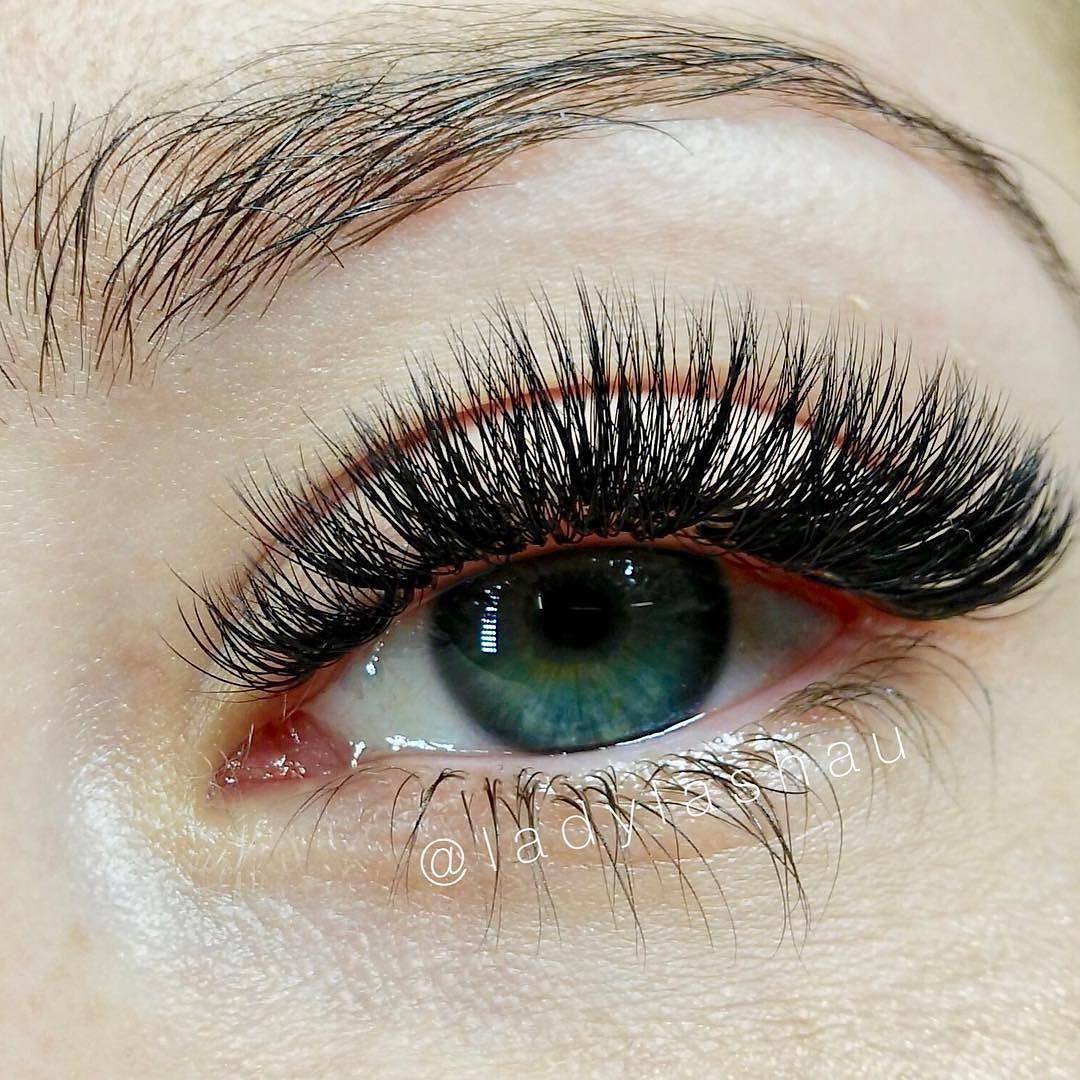 fe1d4ada99c Look at these beautiful 4-5D volume lashes by Mai! Perfection!  #sydneylashes #volumelashes #volumelashspecialist #sydneybeauty  #eyelashextensionspecialist ...