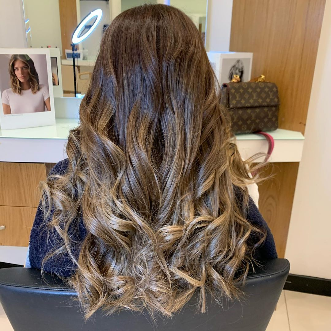 Dessange Khobar Ibrahim Olfa Hairstyle Ombrehair Haircolor Khobar Soudi Tunisie In 2020 Hair Styles Ombre Hair Hair Color