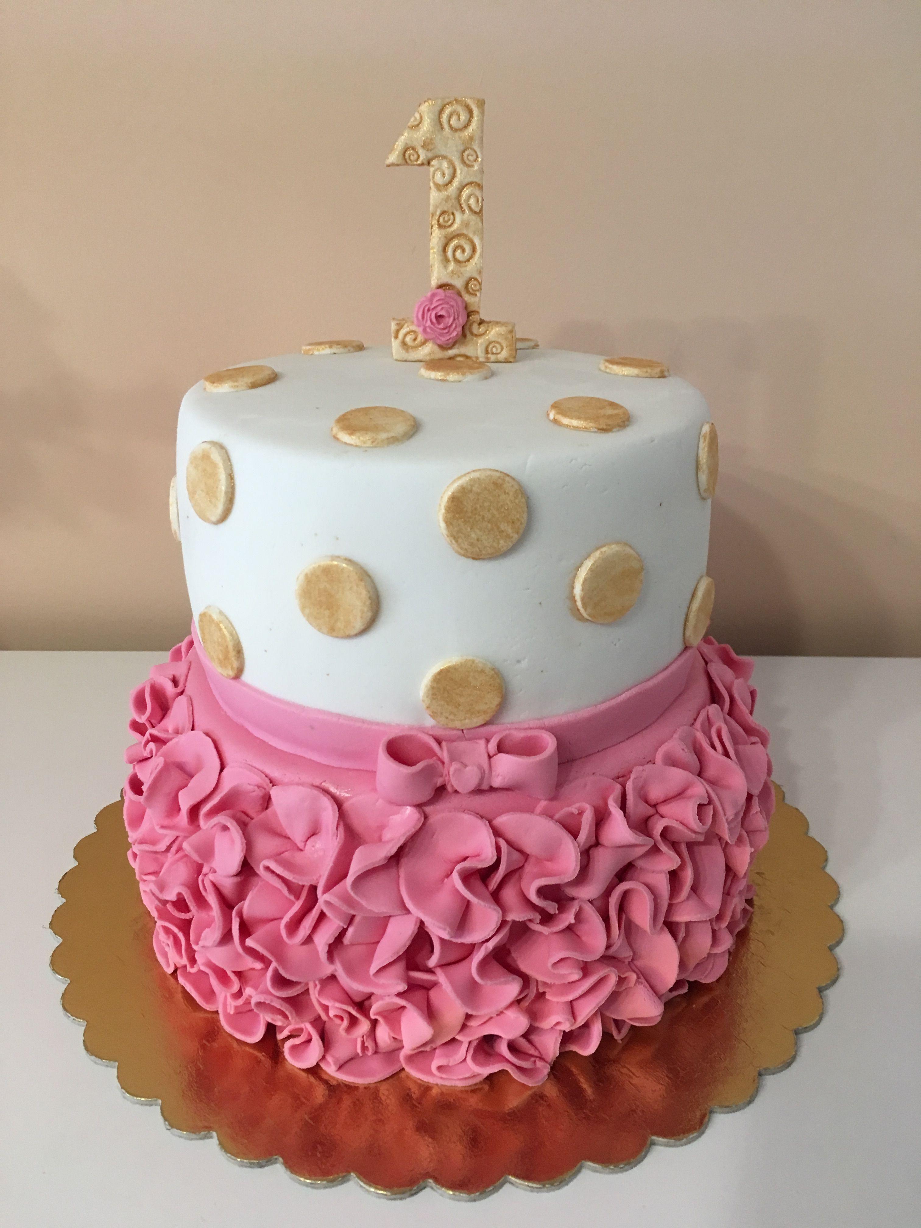1 szülinapi torta Fodros torta   Dóra 1 éves | Brigi tortái | Pinterest 1 szülinapi torta