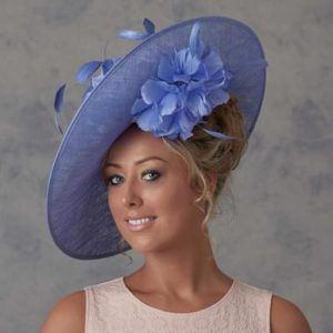Image Result For Hairstyles For Mother Of The Bride Wearing A Hat Mother Of The Groom Hats Womens Hairstyles Fascinator