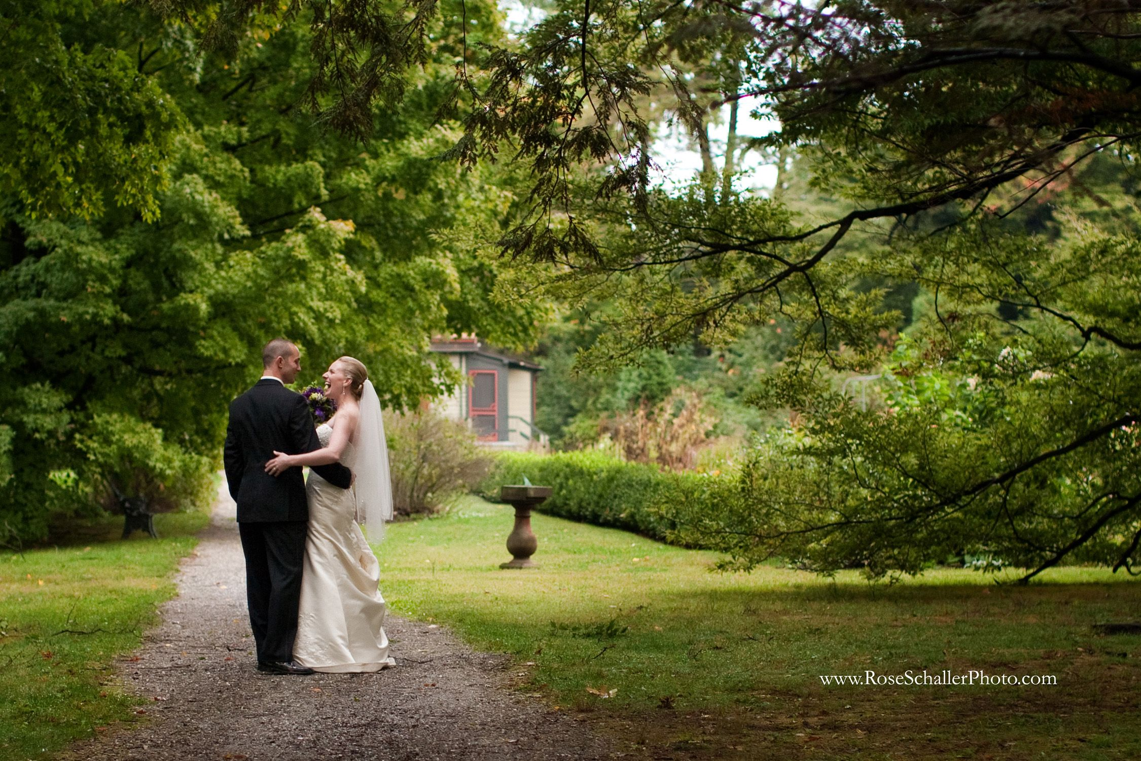 Wedding guests at the historic Locust Grove Estate can ...