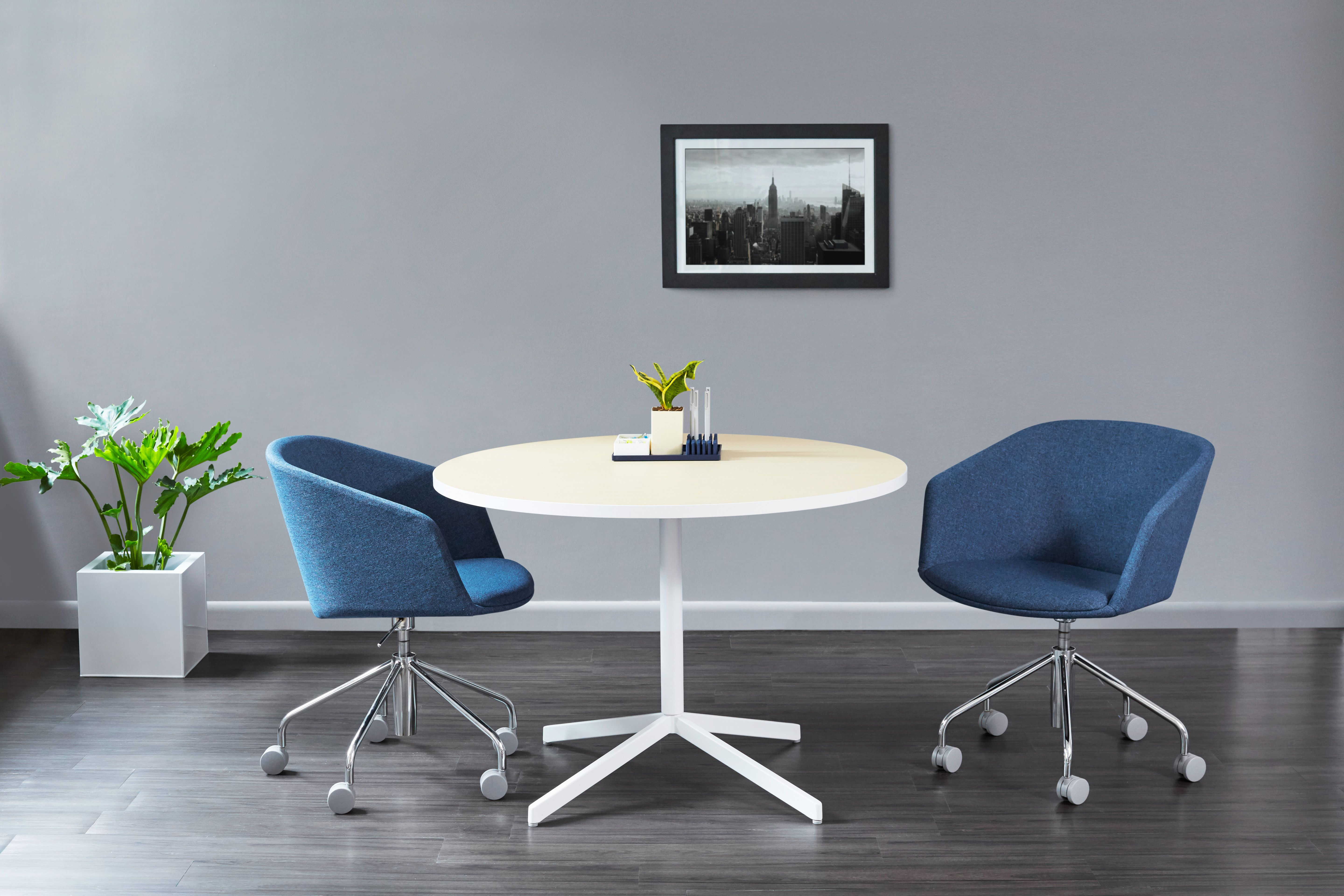 Light Oak White Touchpoint Meeting Table With Dark Blue Pitch