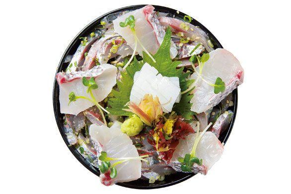 日本海のピチピチ魚介がたっぷり! 「能登海鮮たたき丼」は輪島の誇り|やぶ新橋店