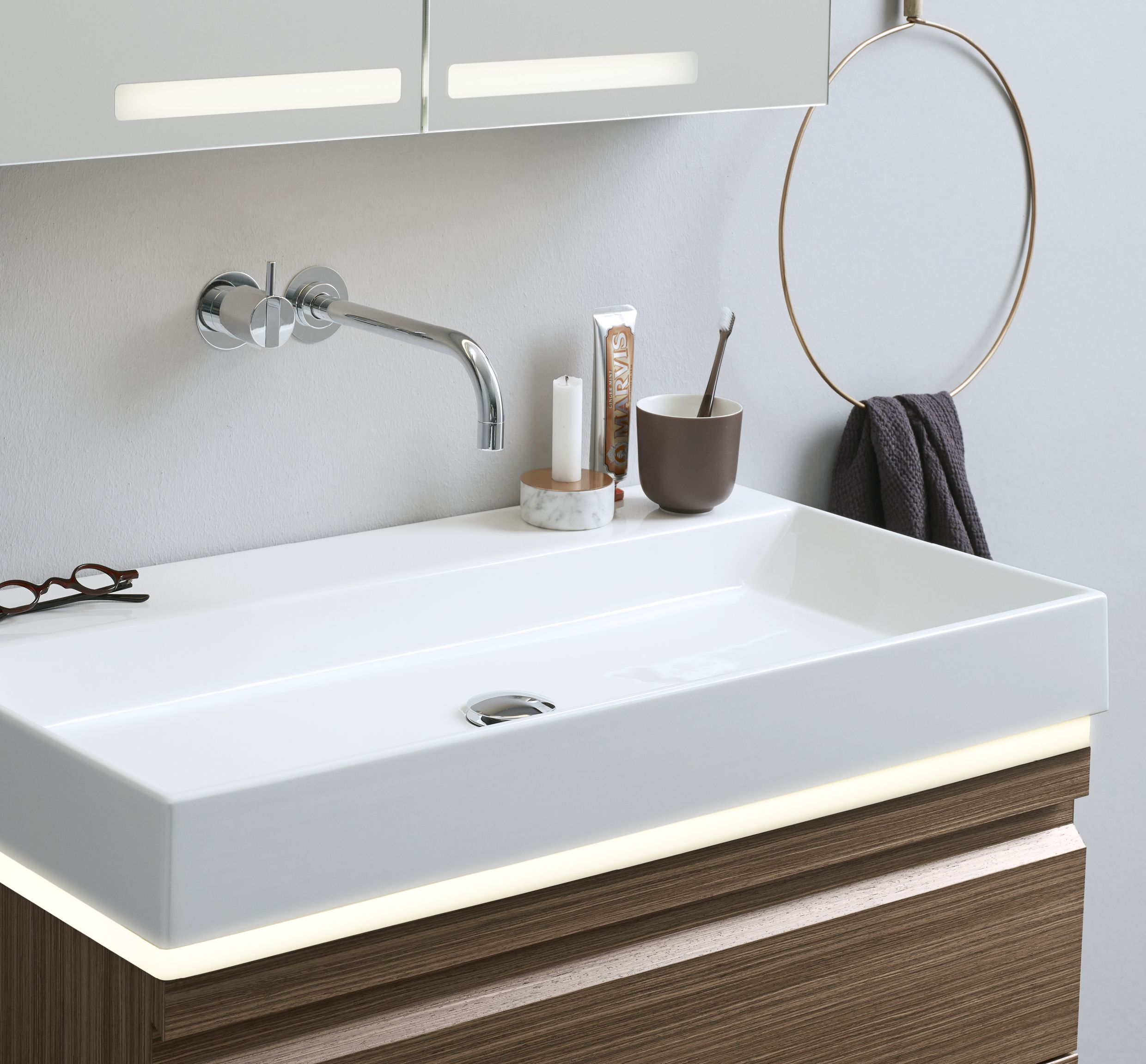 Bathroom Under Light lighting under the washbasin or in drawers gives a beautiful