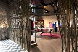 578af7d0a111d Italy : Sisley debuts new concept store in Berlin - Fashion News Italy  Sisley debuts new