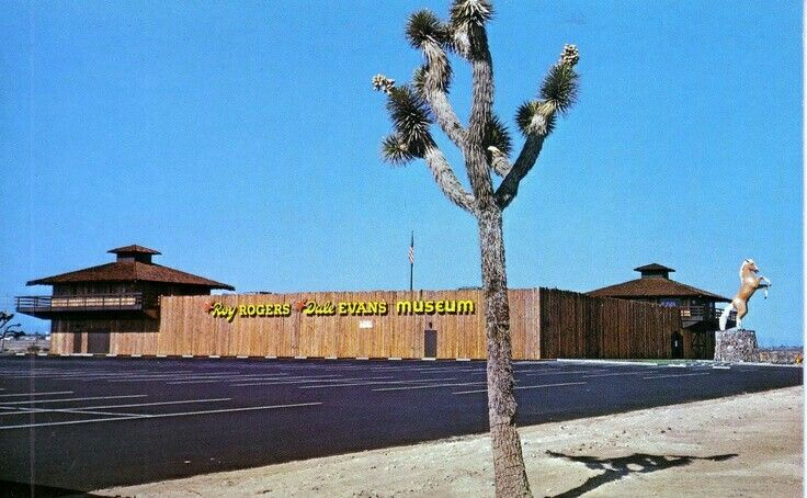 The Roy Rogers Museum Victorville Ca Gone Now Circa Early 90s California Desert California History California