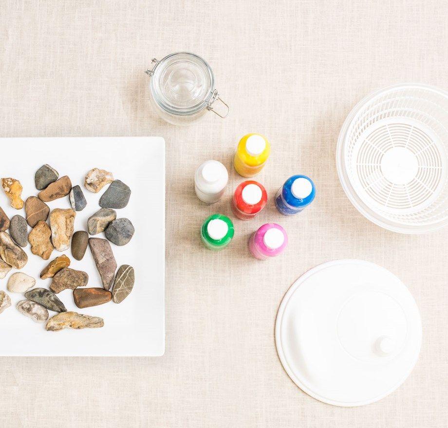 pedras da praia coloridas