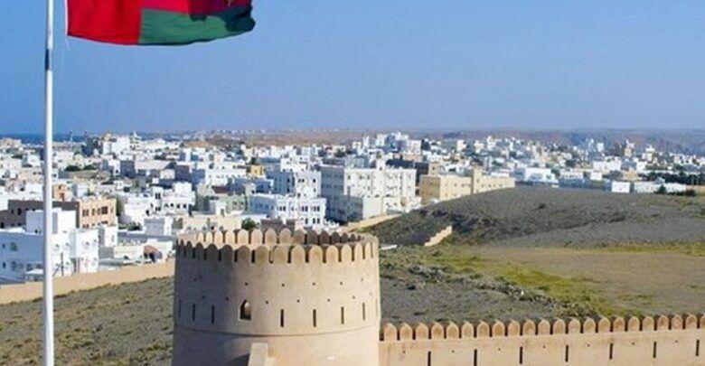 كم مساحة عمان وأهمية موقعها الجغرافي واشهر الاماكن الاثرية بها Leaning Tower Leaning Tower Of Pisa Tower