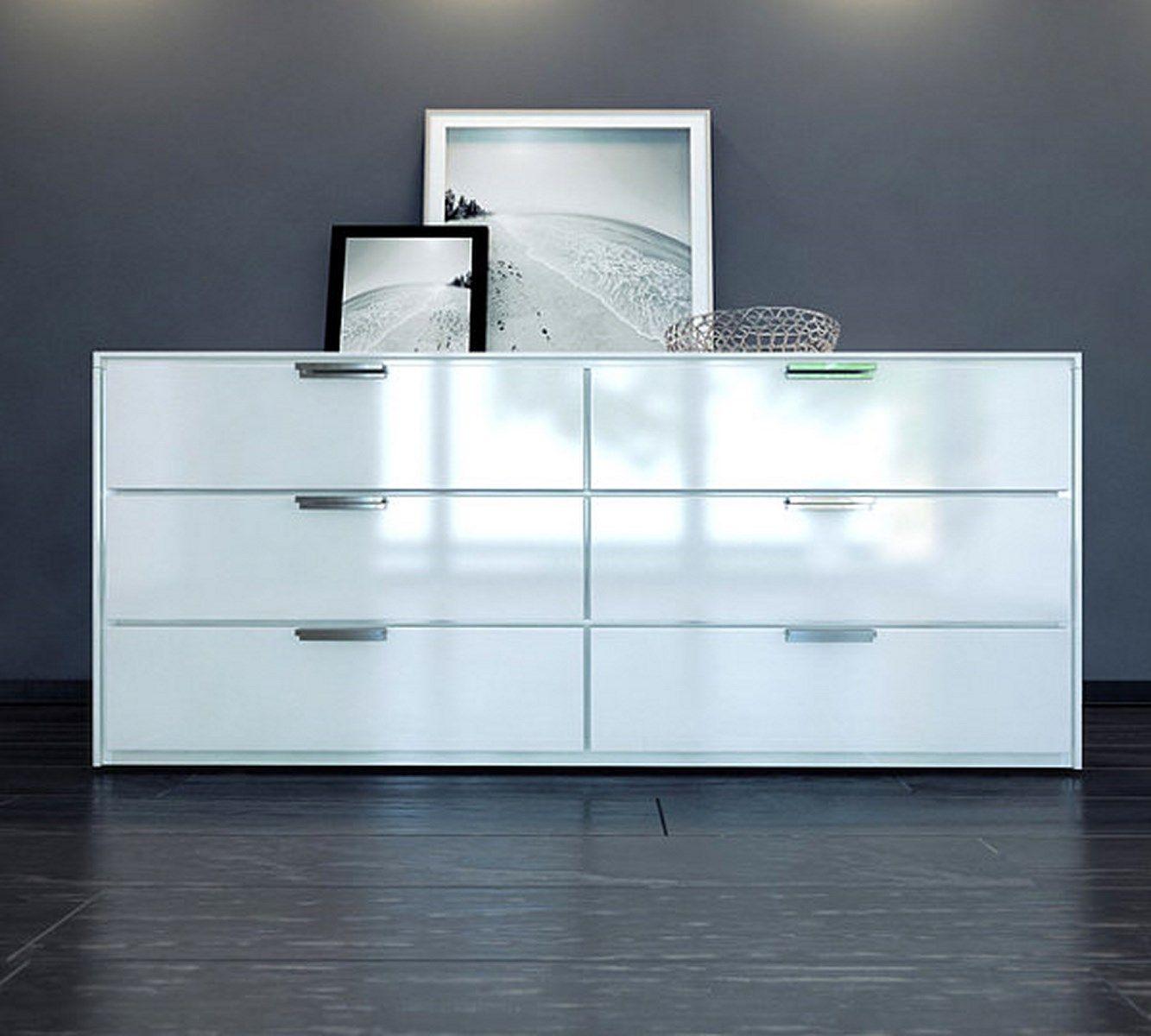 10 Sleek Bedroom Dresser With Clean Lines Dresser Design Modern Bedroom Decor Modern Dresser