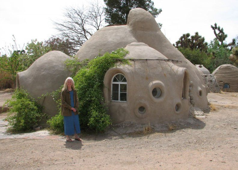 Sand Bag Construction Amazing It S Like A Hobbit House From Lord Of The Rings And Building On Tatooine Star Wars