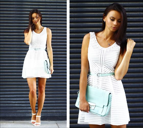 Great dress with a belt, super cute and simple!