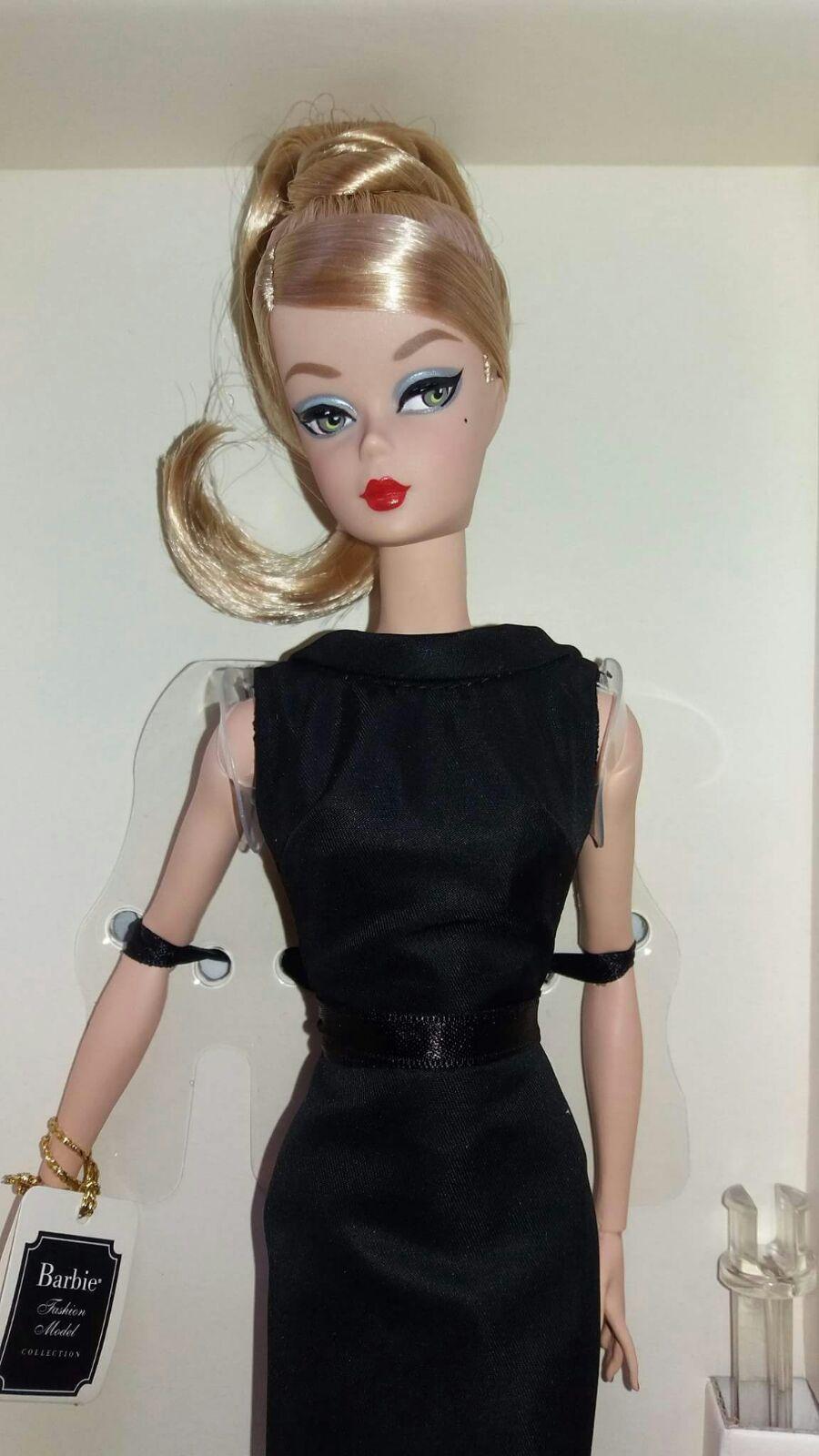 329745f263d8 Barbie Silkstone Classic Black Dress 2016 Portuguese Doll Convention Lisbon  | eBay