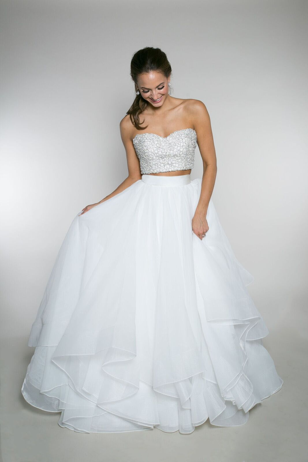 Carolyn Crop Top Beyonce Bodice Keeley Skirt This Crop Top Features A Sweetheart Bodic Crop Top Wedding Dress Wedding Dresses Unique Wedding Dress Styles