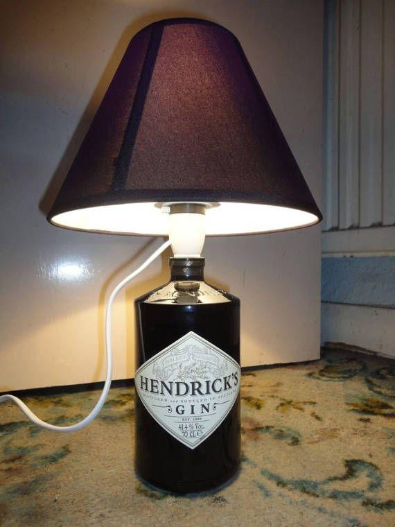 Hendricks Gin Flasche Lampe Kommt Mit Einer Gluhbirne Und Einer Uk 3 Pin Stecker Bottle Lamp Old Wine Bottle Wine Bottle