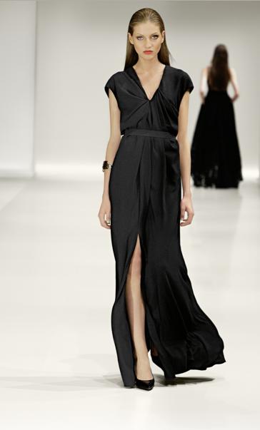 Vestido negro largo gala