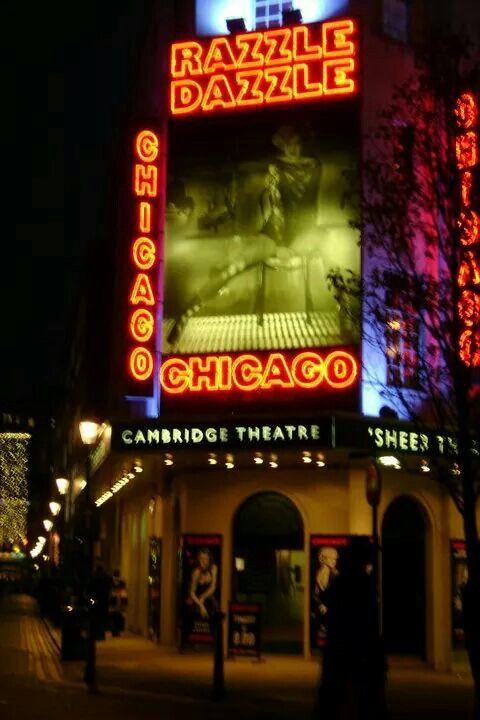 Il cambridge theatre