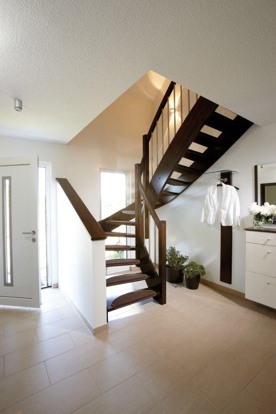 Fertighaus Wohnidee Diele, Flur und Galerie Wohnideen Diele - unter der treppe wohnideen