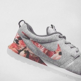 Running shoes buy on | Running shoes nike, Floral nikes